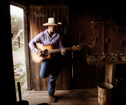 Tom Curtain Australian Country Music Singer Katherine Outback Experience