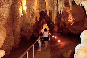 Cutta Cutta Caves